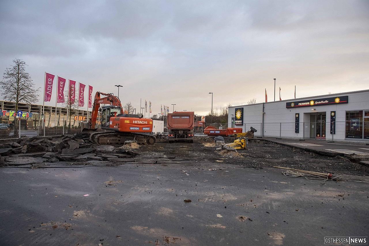 Abriss von Fulmin-Tankstelle bei Kaiserwiesen – Kommt Burger King?