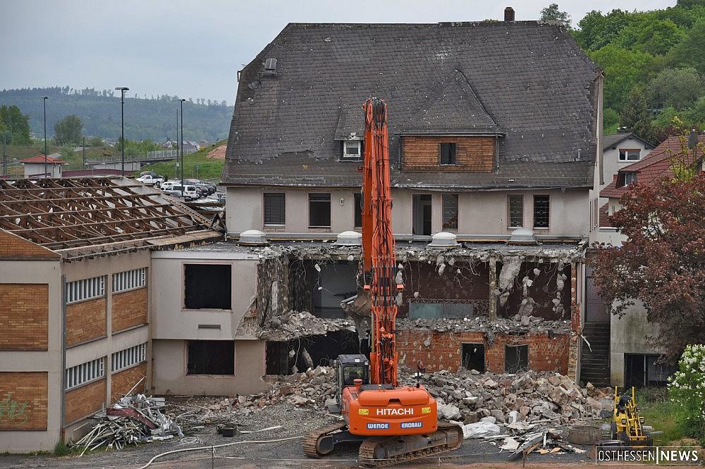 Aus alter Raiffeisen-Bank am Bahnhof wird Ärztehaus – Millionen-Investition bis 2017
