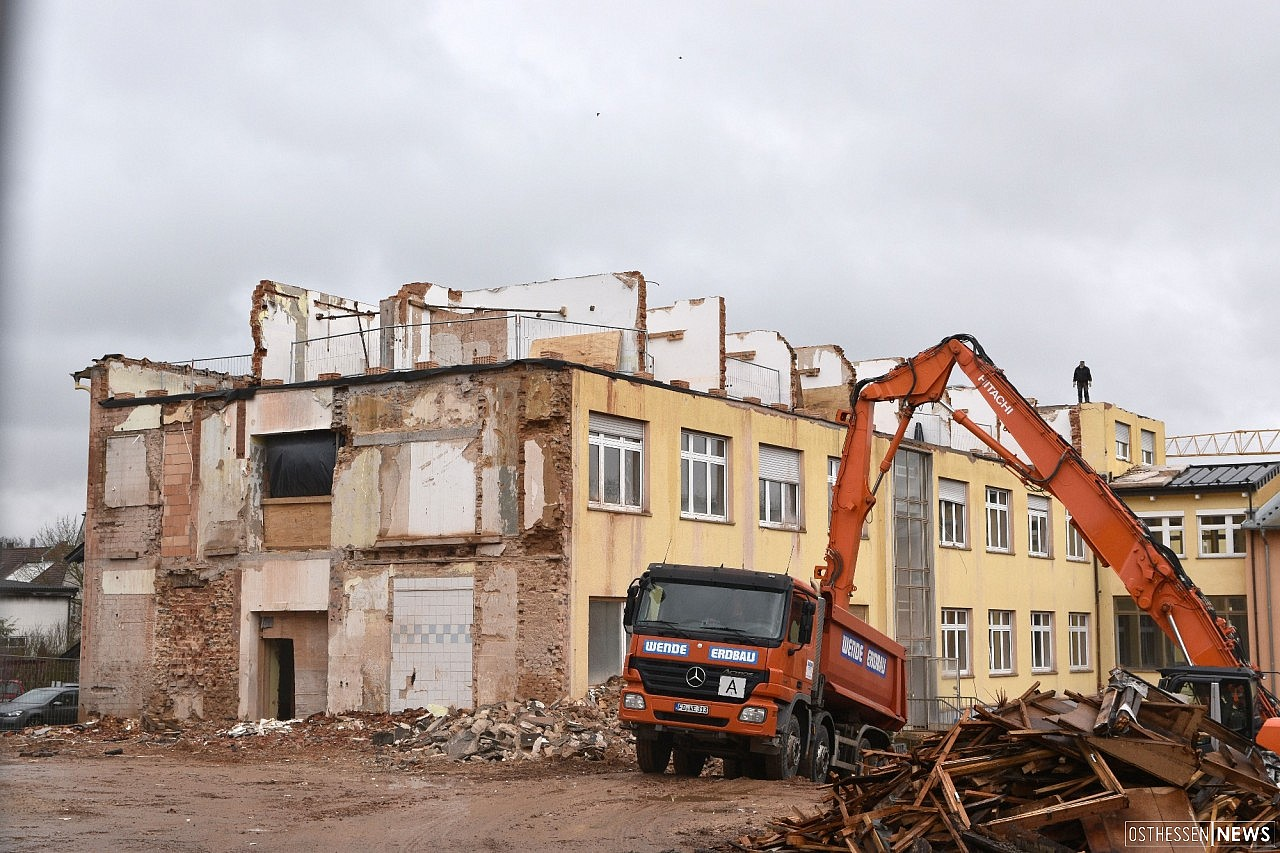 Auftragsvergaben für geplantes Jugendwohnheim und Von-Galen-Schule
